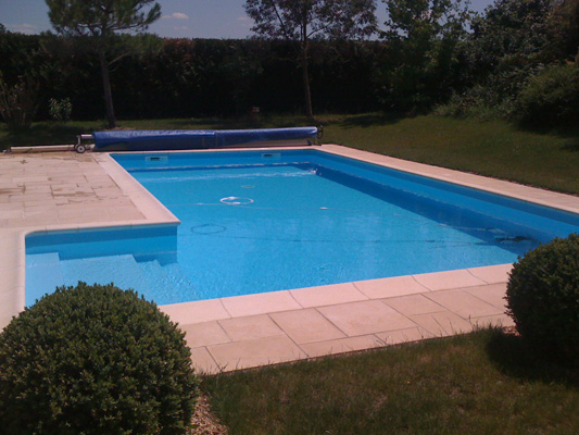Id d 39 eau piscine angers construction de piscine 49 for Construction piscine limoges